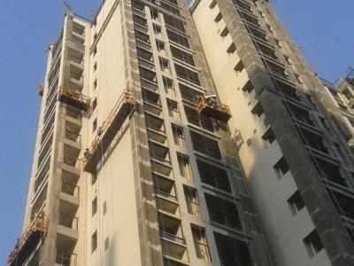 吊篮平台建筑外墙喷漆施工作业